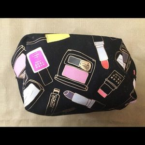 New Avon Cosmetic Bag - New WOT